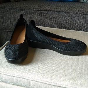 NEW Bernie Mev Black Wedge Mule Slip On Shoes Sz 8